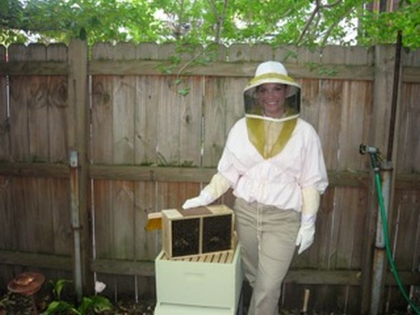 Post image for Get The Buzz On Beekeeping!